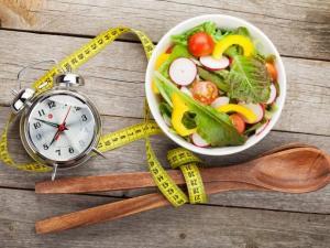 Поздний ужин увеличивает риск развития сердечных заболеваний