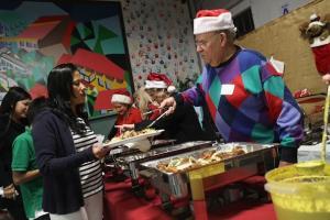 Внимание: стресс и переедание в новогоднюю пору увеличивают риск инфарктов