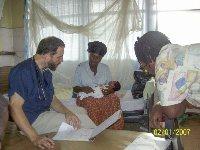 В Западной Африке процветает черный рынок «лекарств» от Эболы
